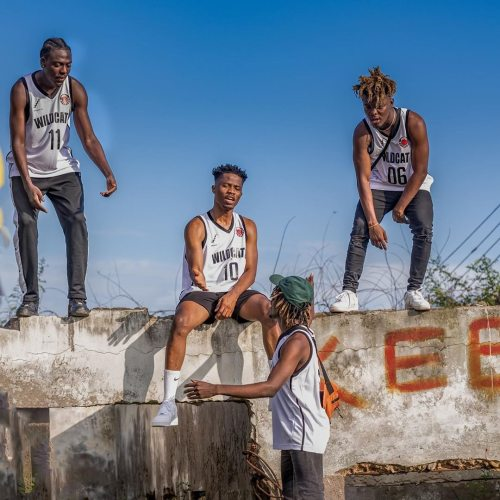 "Music collective – Ground Up Chale release their much anticipated 18 track-listing collaborative effort – ""We Outside , Y3 W) Abonten"".Off the tape is ""Ba O Hie (Come Forward)"" featuring […]"