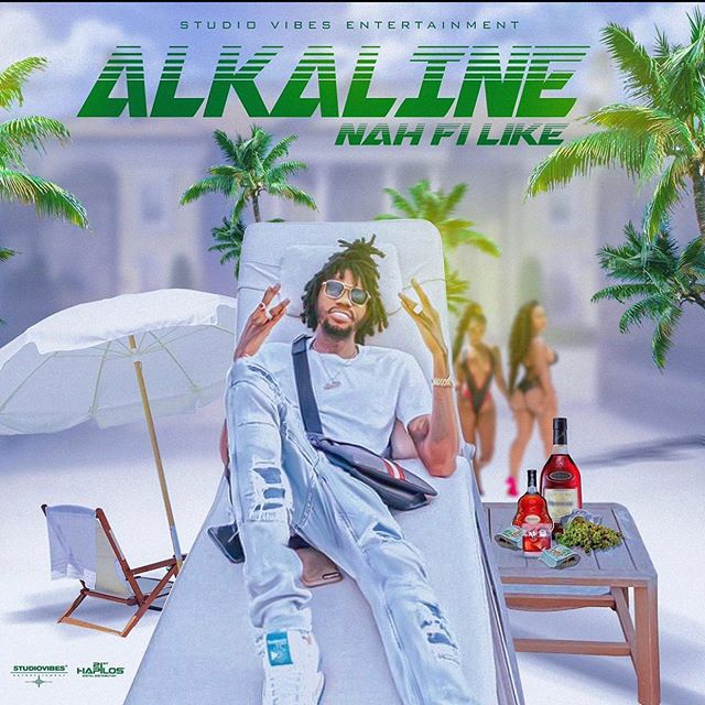 Jamaican superstar Alkaline drops new song he calls Nah Fi Like as produced by Studio vibes.check it out below   Alkaline – Nah Fi Like (Prod. By Studio Vibes) [DOWNLOAD] […]